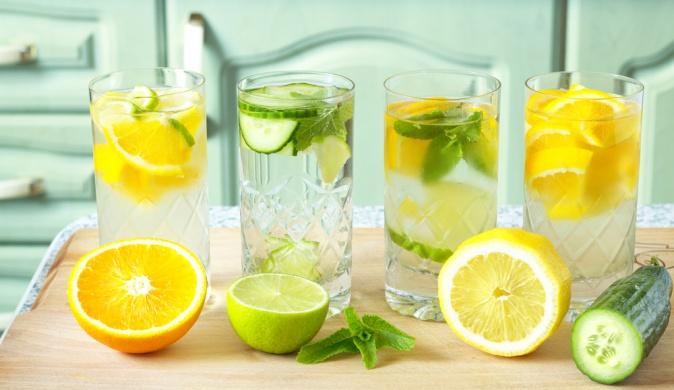 Вода с лимоном. Лимонад, который полезен