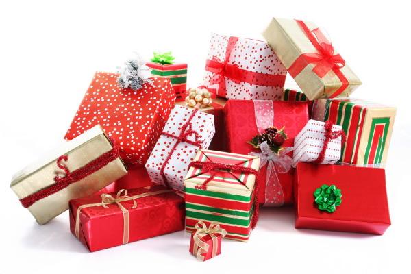 Какой оригинальный подарок выбрать?