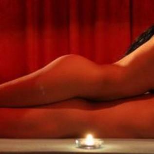 Эротический массаж: удовольствие и польза в одной услуге