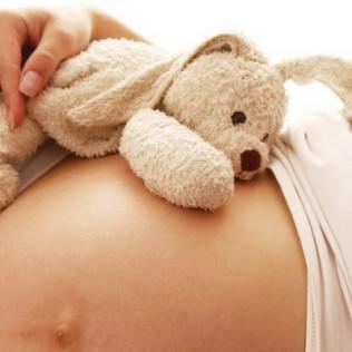 Во сколько недель начинает шевелиться ребенок?