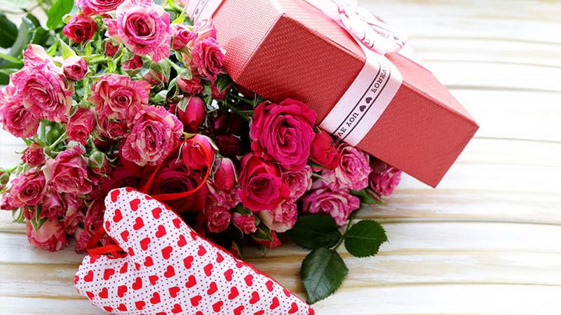 Выбираем подарки для девушки