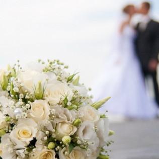 Мужские свадебные костюмы: от классики до современных тенденций