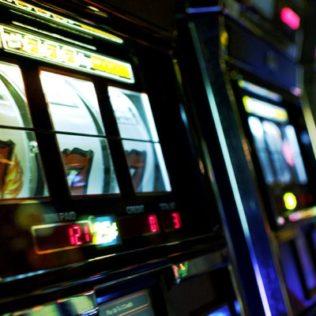 Игровой автомат Keks от казино 24 Вулкан